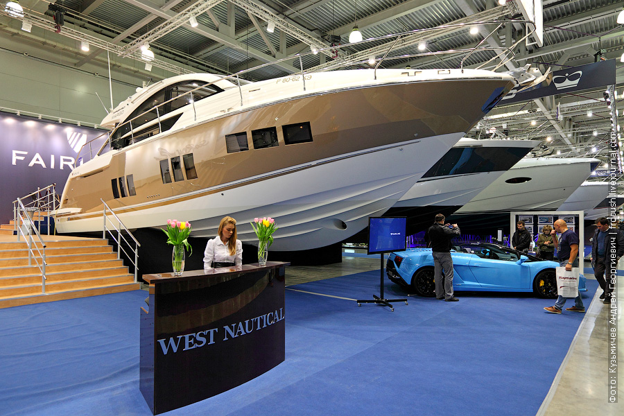 Выставка катеров и яхт Fairline Targa 50
