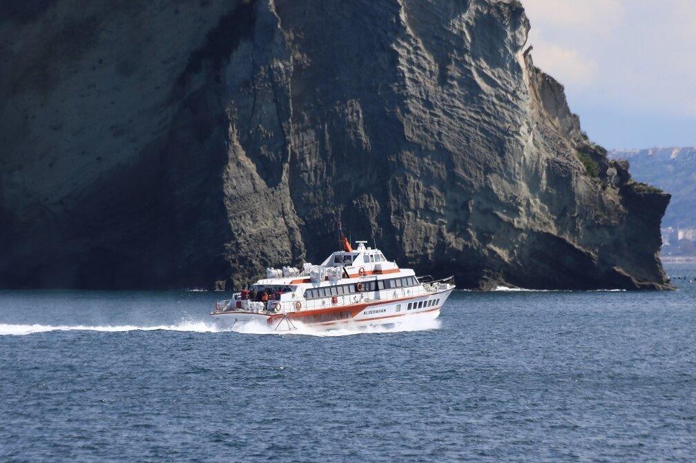 Cape Miseno. High-speed ships (Aliscafo)