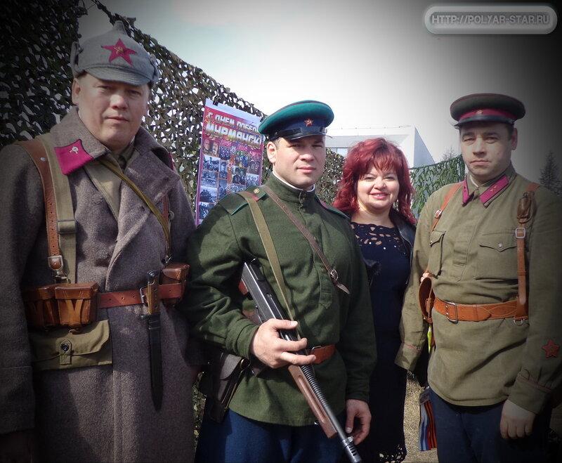 День Победы Олененегорске. Выставка военной амуниции