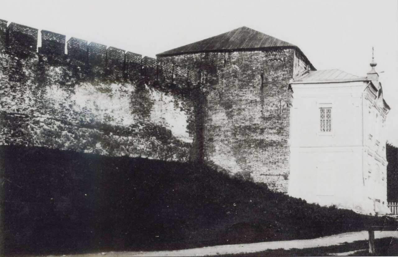 Владимирская башня с часовней св. Николая конца 18 века. 1913.