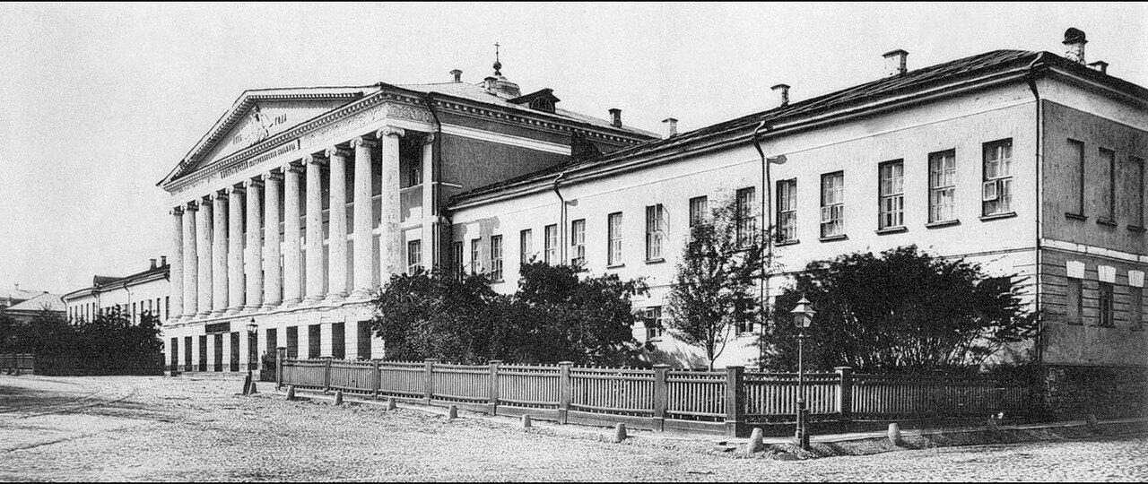 489. Екатерининская больница на Страстном