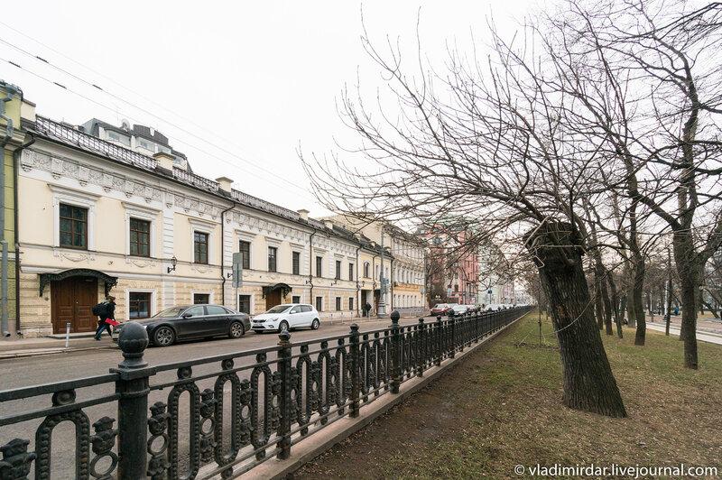 Тверской бульвар, 16, стр.5 - Жилой дом, реконструирован в 1990-х