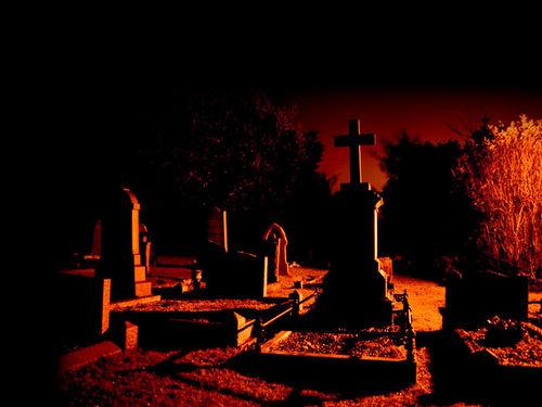 grey Жизнь на месте старых кладбищ