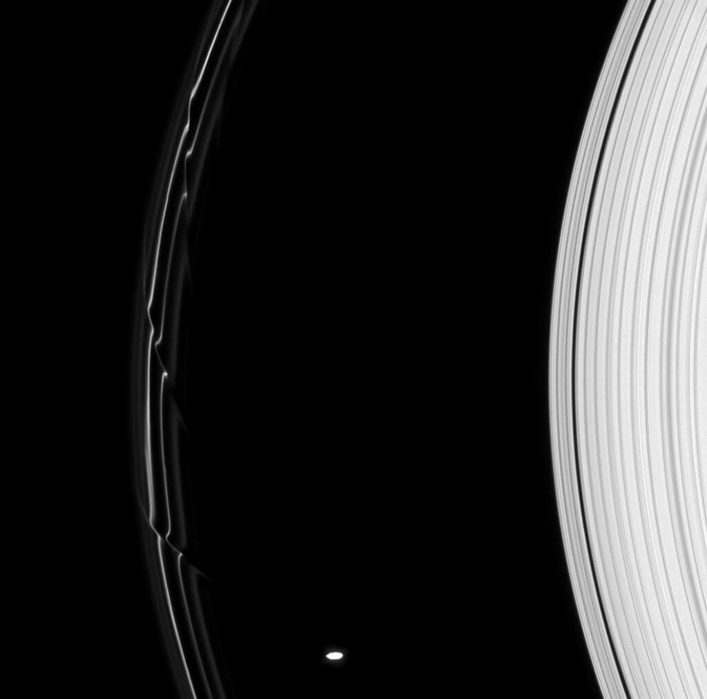 Prometheus (not a film) rings, image, satellite, you can see, Prometheus, similar, Thanks to, internal, himself, passes, small, Orbit, activity, responsible, degree, favors, considerable, Saturn