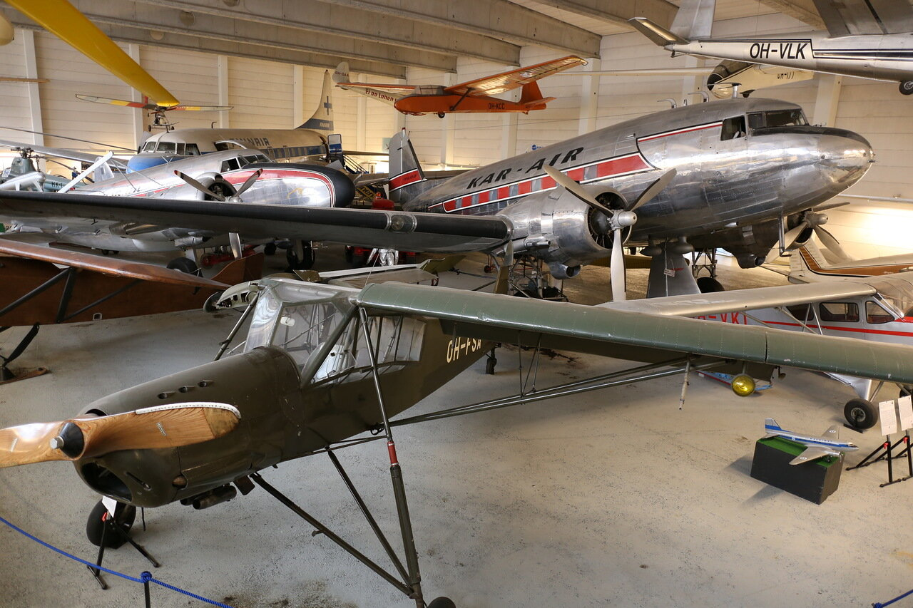 Авиамузей Хельсинки-Вантаа. Зал гражданской авиации.Finnish Aviation Museum.Авиамузей Хельсинки-Вантаа. Douglas DS-3