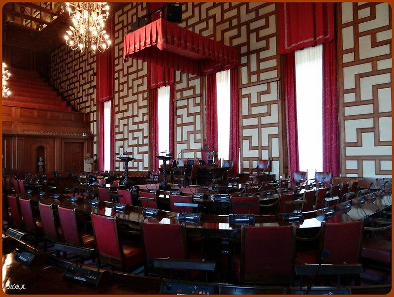 Зал заседаний в Ратуше