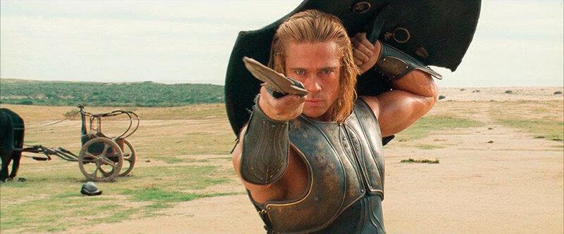 Ахиллес был величайшим воином Греции, но вписался в разборку из за чужой дамы и был повержен.