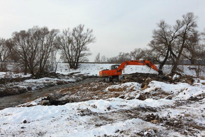 Работы по расчистке русла Яхромы