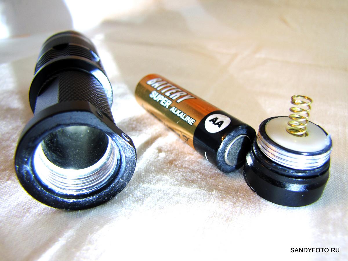 Обзор фонарика FX SK68 CREE XR-E Q5 LED (200LM, 1xAA/1x14500, черный)