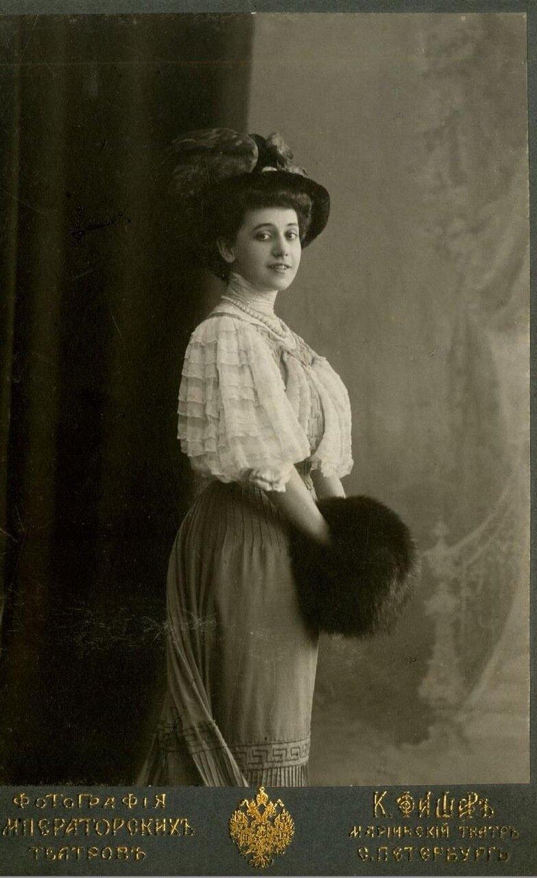 Тамара Платоновна Карсавина  (9 марта 1885, Санкт-Петербург, Российская империя — 26 мая 1978, Лондон, Великобритания) — русская балерина