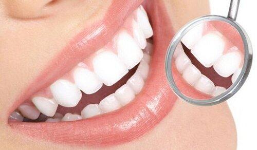 Металлокерамические коронки сохранят красоту и надежность зубов
