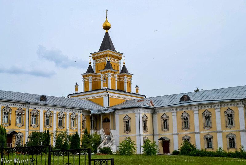 Церковь иконы Божьей Матери Всех Скорбящих Радость (1857-1860 гг)