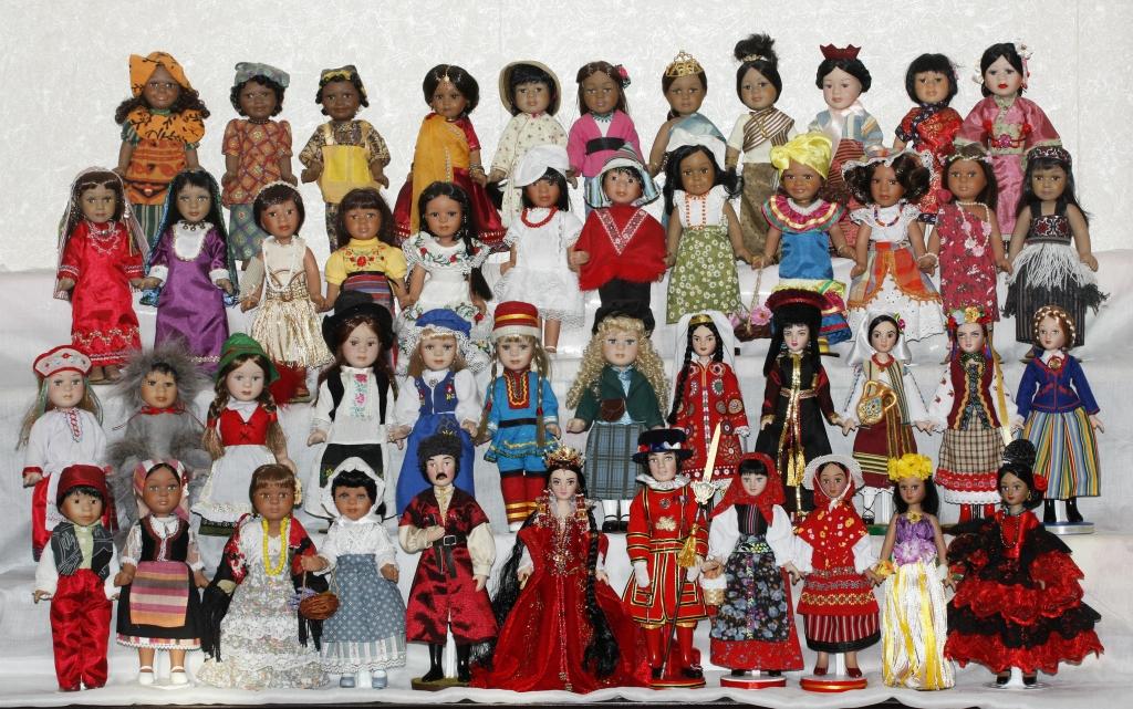 Куклы в Костюмах Народов Мира - Наши Коллекции