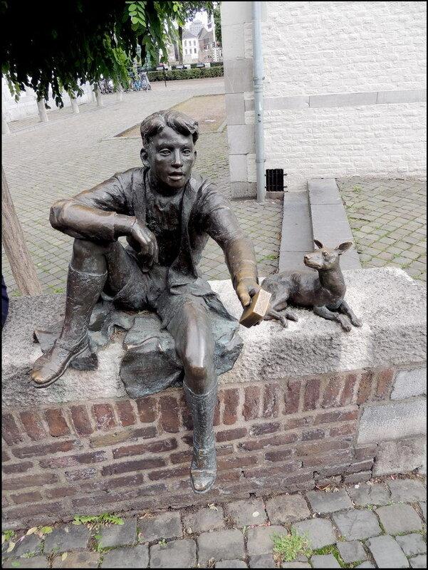 Maastricht 7389 Pieke oet de Stokstraot (Nicolaas van Ronkenstein, 1996).JPG