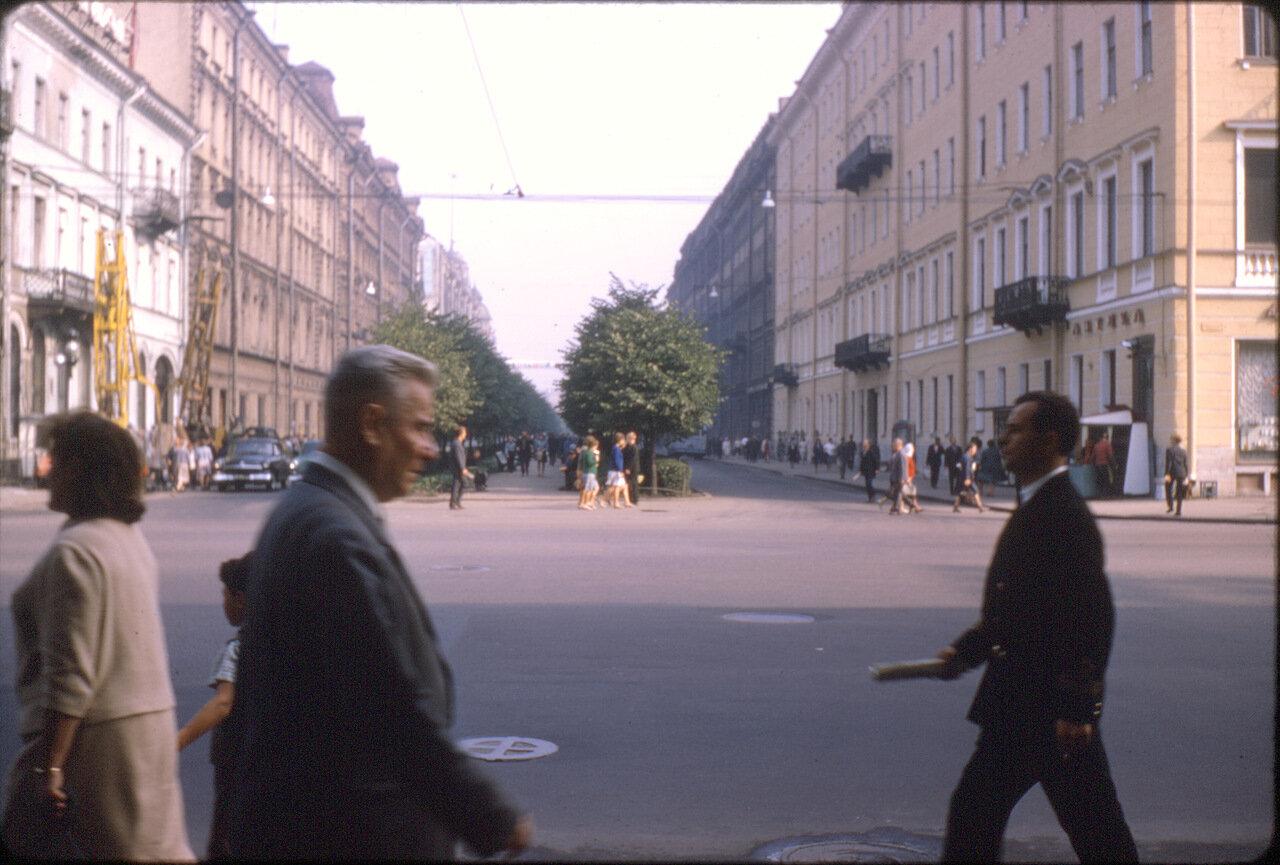 Улица возле Невского проспекта