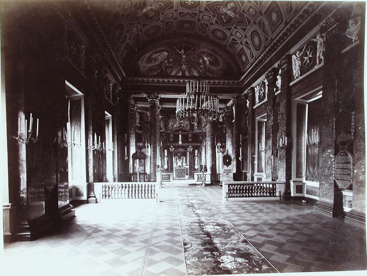 23. Внутренний вид домовой православной церкви корпуса, освященной во имя Иоанна Предтечи