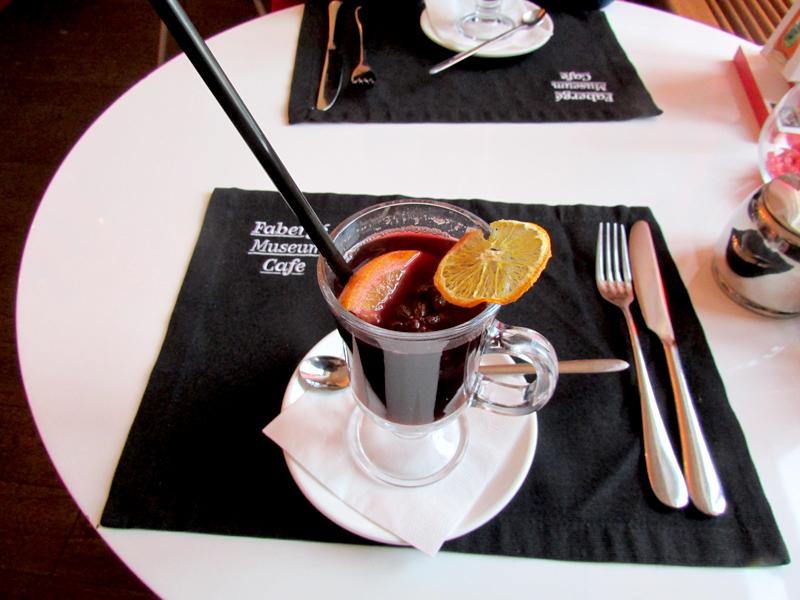 Глинтвейн в кафе Фаберже