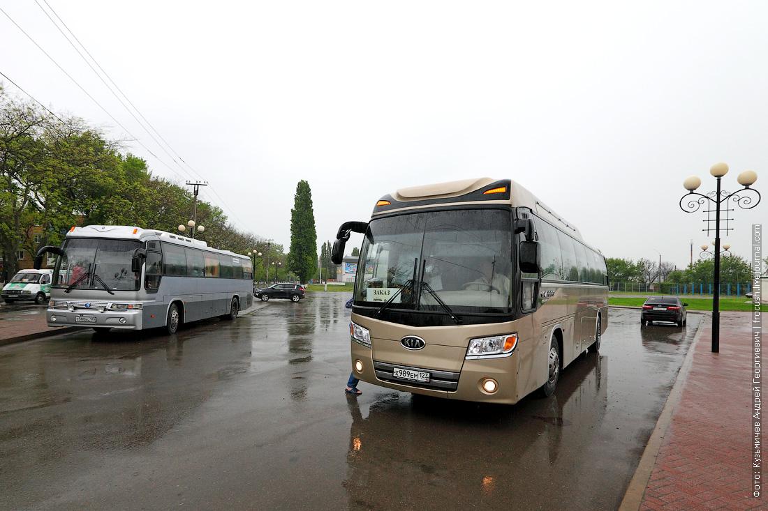 На таком автобусе нас возили по городу
