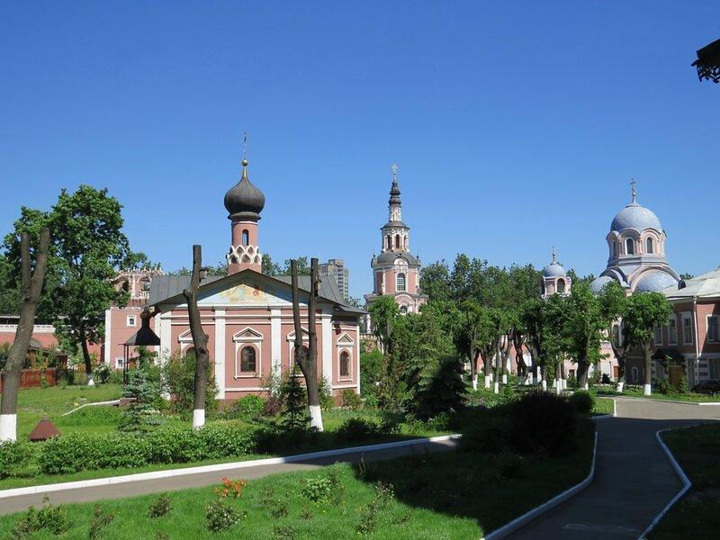 http://img-fotki.yandex.ru/get/9835/140132613.19a/0_181c5e_4e032137_XL.jpg