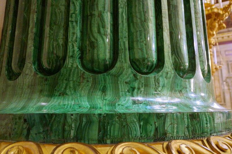 Колонна из зеленого малахита, Исаакиевский собор (собор преподобного Исаакия Далматского), Санкт-Петербург