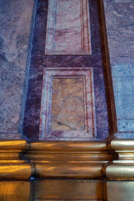 Облицовка внутри Исаакиевского собора (собор преподобного Исаакия Далматского), Санкт-Петербург