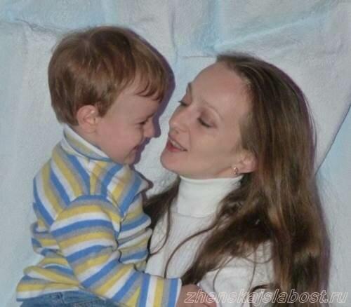 Лена Маршалко со старшим сыном Сашенькой