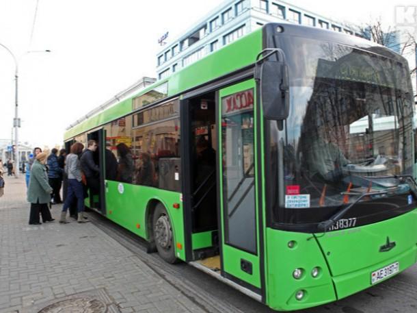 В Могилеве из автобуса выпал ребёнок