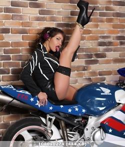 http://img-fotki.yandex.ru/get/9835/348887906.4a/0_14770d_4ea4c260_orig.jpg