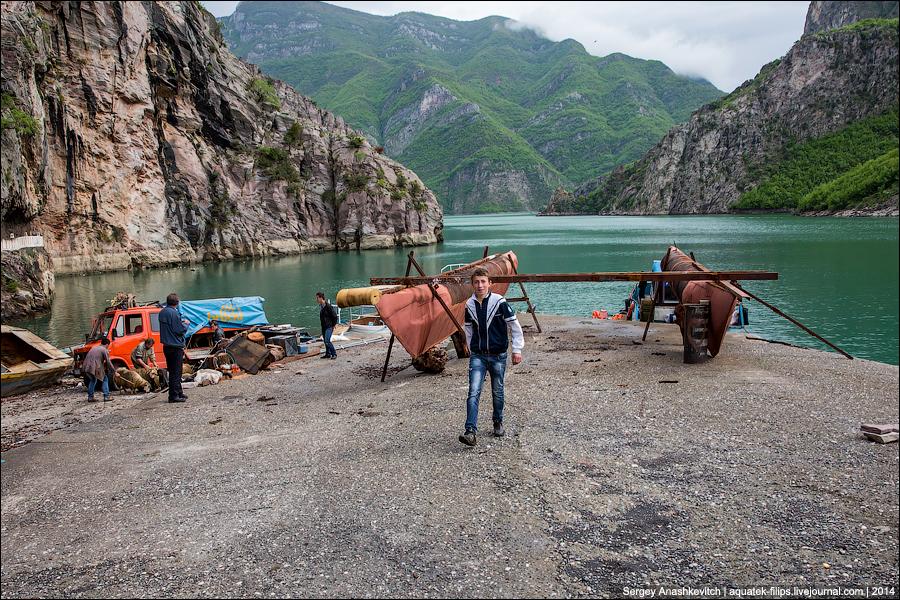 Албанский водный автобус