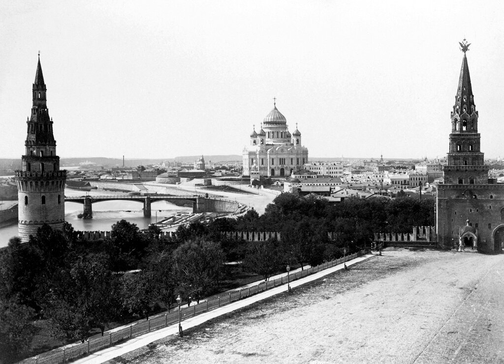 мусульманка старинные фото московского кремля сожалению внутрь