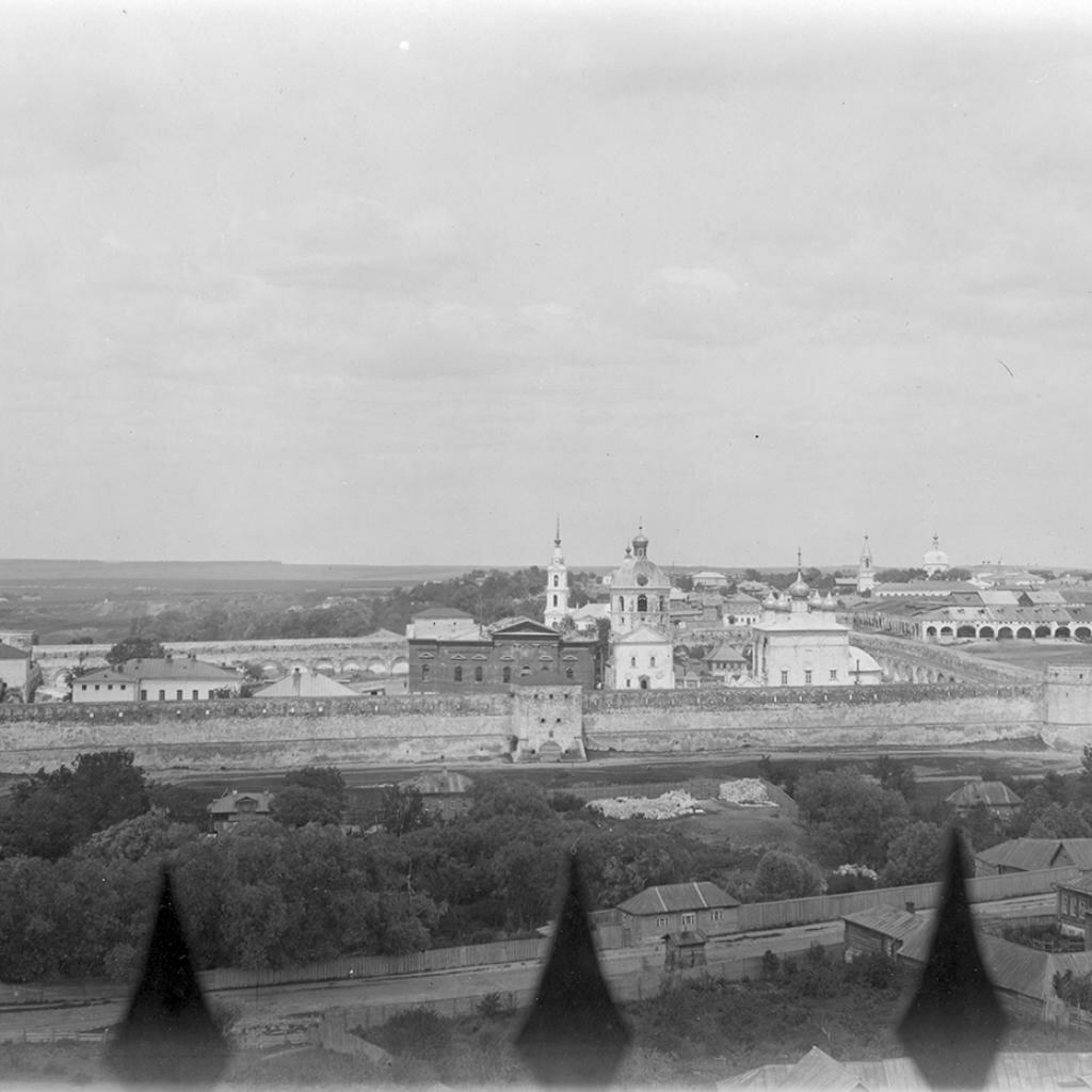 Вид Кремля с колокольни Преображенской церкви
