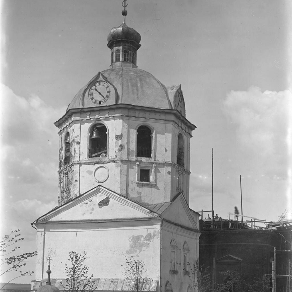 Колокольня собора Иоанна Предтечи