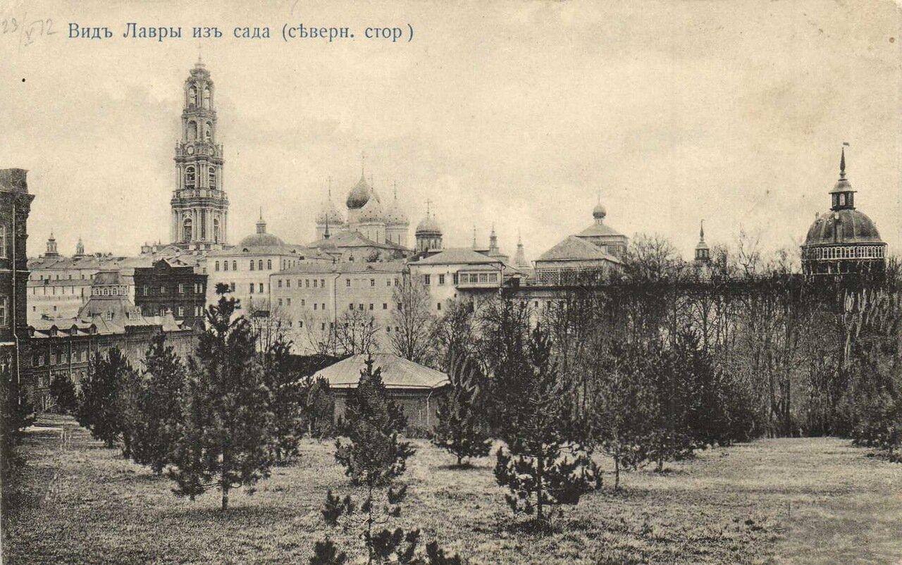 Троице-Сергиевская Лавра. Вид Лавры из сада (северная сторона)