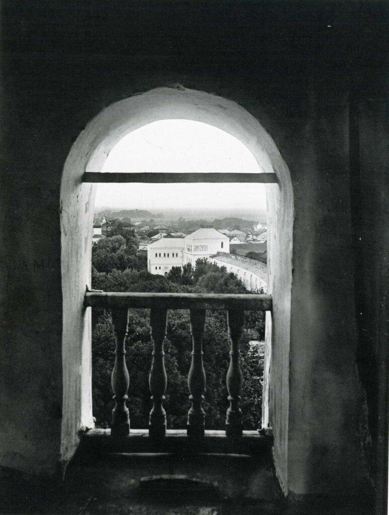 Вид на Музей древностей с часозвони.  1911