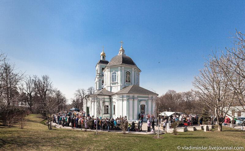 Завтра Пасха! Храм иконы Божией Матери «Живоносный Источник» в Царицыно.