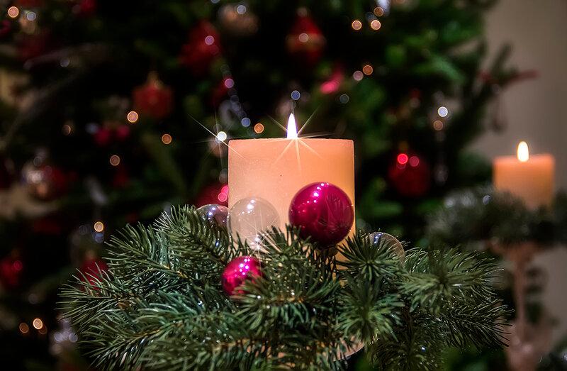 Зажги свечу рождественскую!..