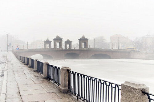 12-Alexander_Alekseev-River_Fontanka-Lomonosov_Bridge-Chernyshev_bridge.jpg