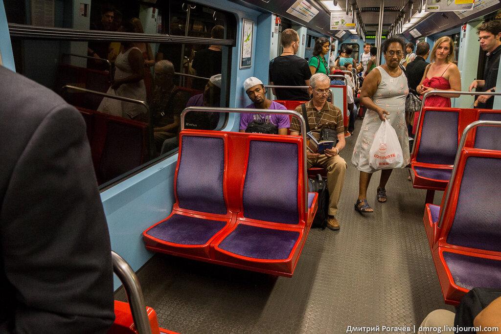 Внутри вагонов схема метро