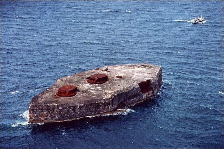 Форт Драм: Бетонный линкор