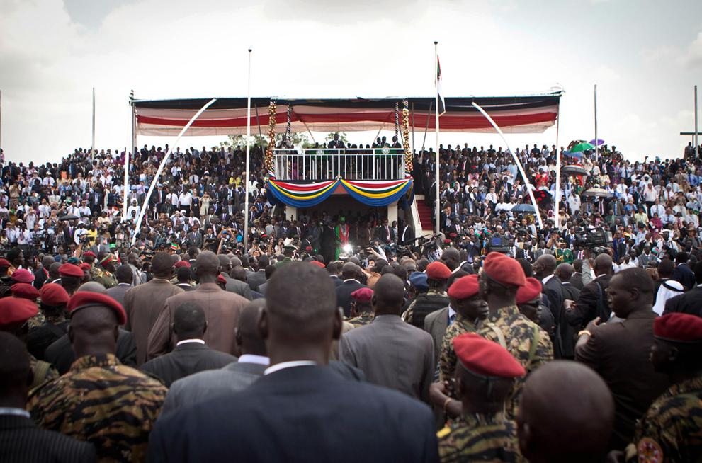 12. Торжественный момент: президент Южного Судана Салва Киир объявляет о независимости. (AP Photo/An