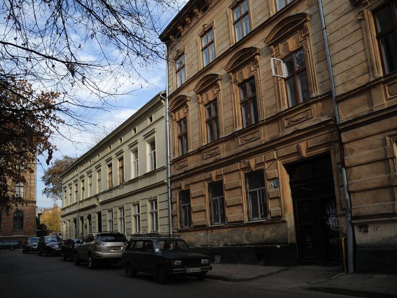 ул. Кониского, дома 1 и 3