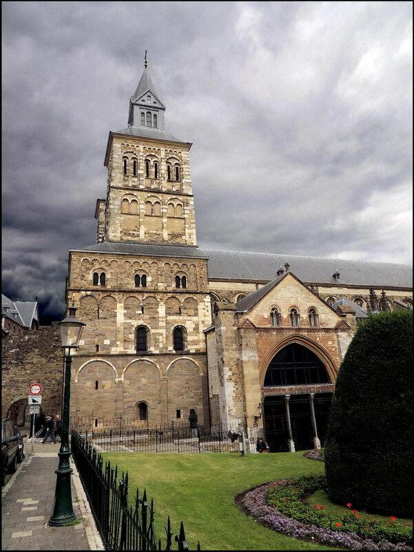 Maastricht 7289 Sint-Servaasbasiliek