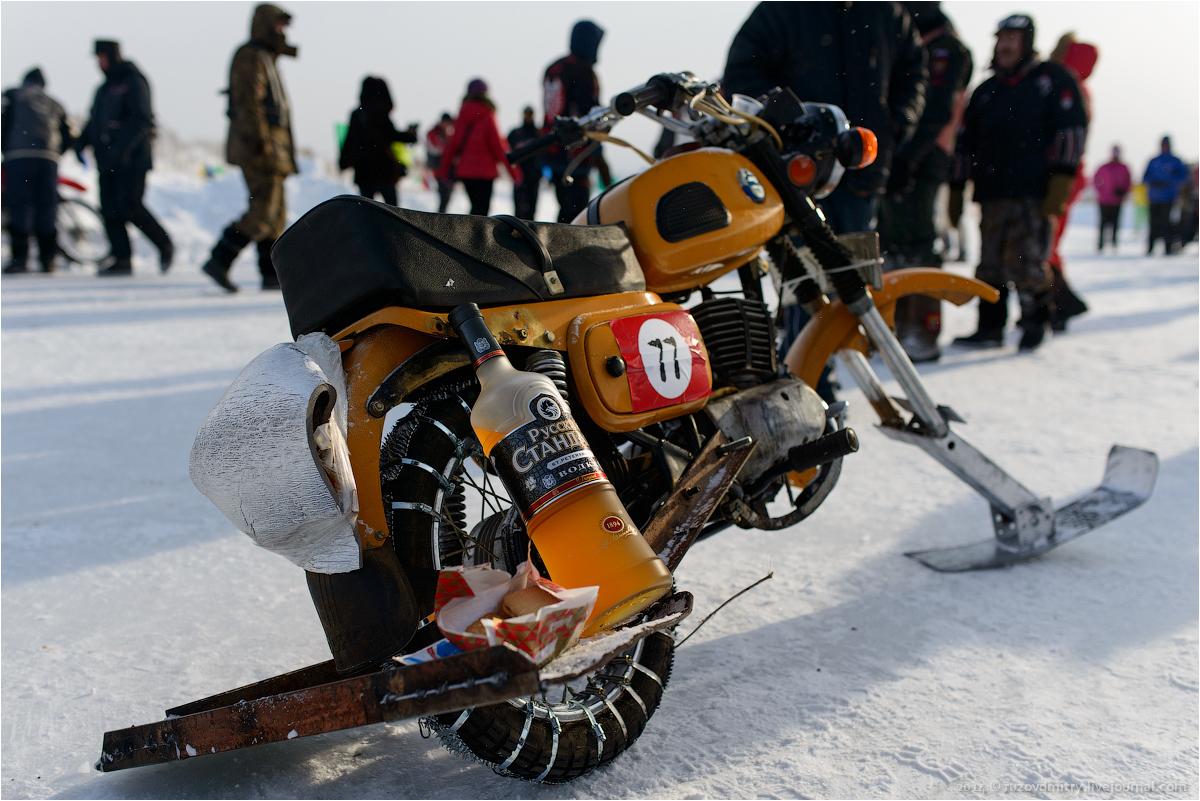 Фото на мотоцикле зимой