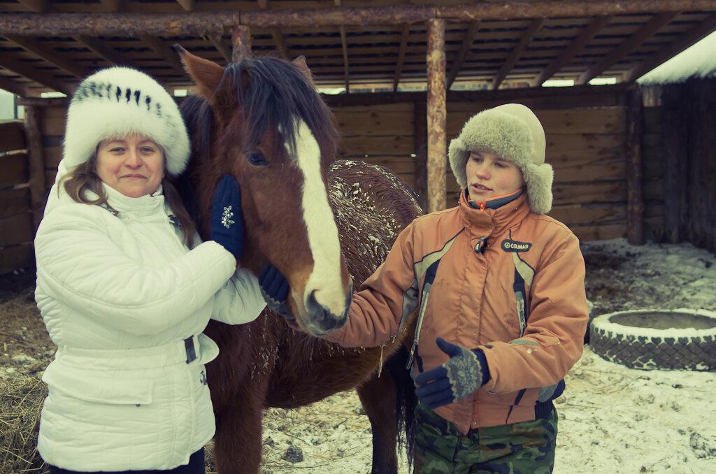 "Где покататься на лошадях. Фотосессия с конями в КФК ""Ямской двор""."