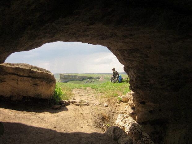 Вид из пещеры