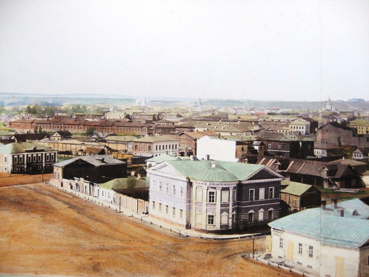 Вознесенская площадь. Больница красного креста. 1885