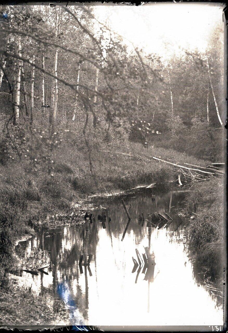 Река Салым. Речка возле юрты Соровых