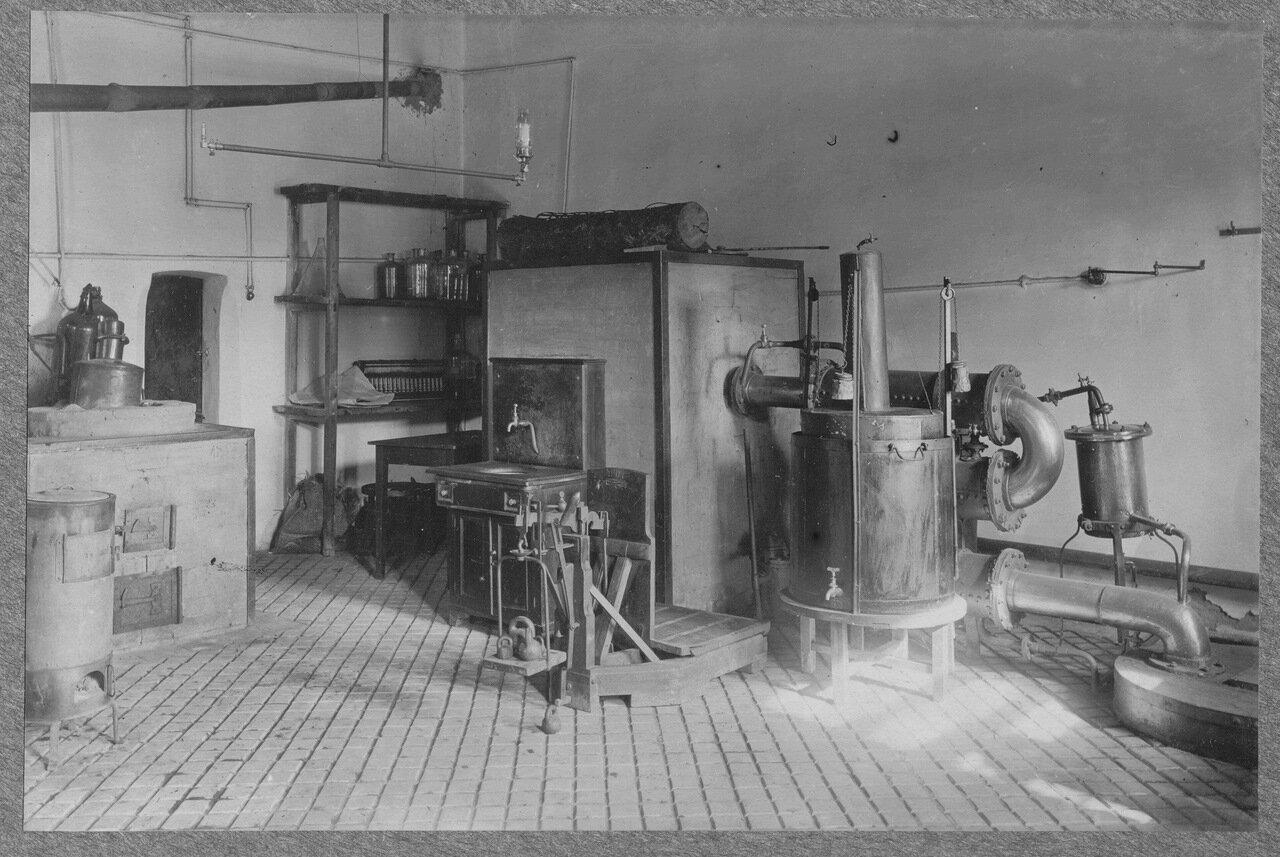 58. Лаборатория органических и красящих материалов