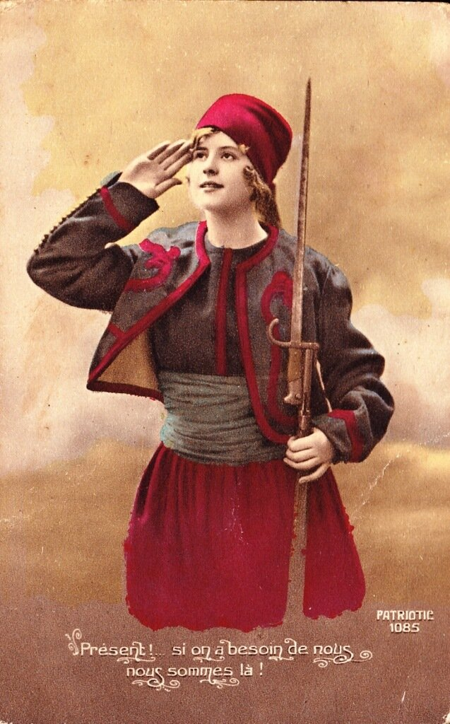 WWI patriotic postcard of a French Zouave girl with bayonet