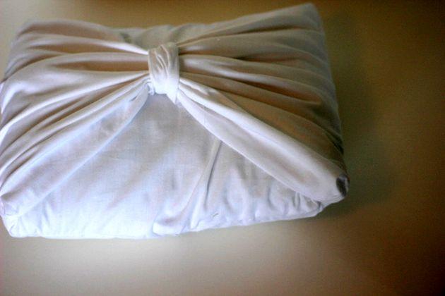 Как сшить подушку с драпировкой